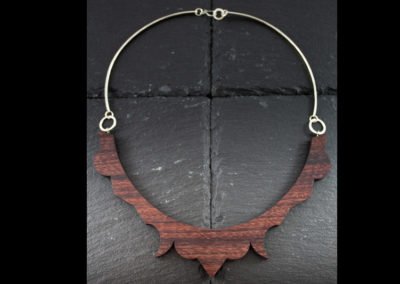 FREGIO - Rosewood and Silver handmade collar
