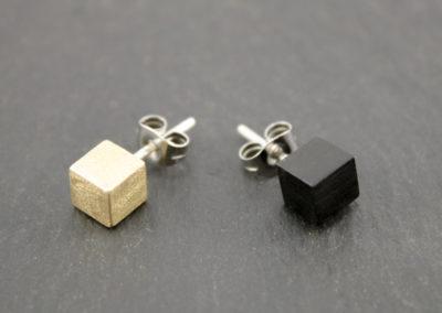 Ramo cube earrings by Altrosguardo