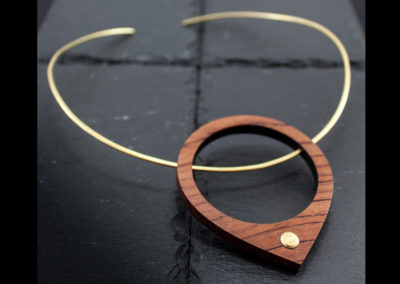 GOCCIA - Bubinga wood and Brass necklace