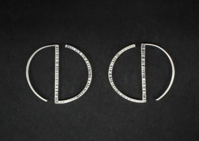 Altrosguardo Aurora circle earrings